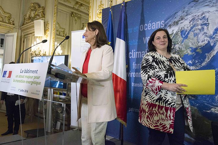 Conférence de presse de Ségolène ROYAL et Emmanuelle COSSE sur le bâtiment:un atout pour la transition énergétique HR salon des Aigles